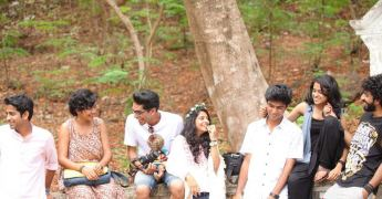 aanandam-movie-1